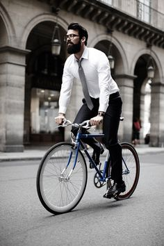 Prelude to Reality — Alain Figaret Collection Hipsters, Dandy Magazine, Look Formal, Cycle Chic, Bike Style, Men's Style, Herren Outfit, Cycling Outfit, Cycling Clothing