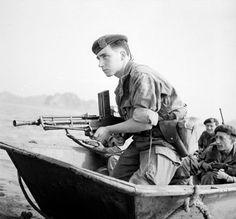 FM 24/29 machine gun and french commando - first Indochina war, pin by Paolo Marzioli