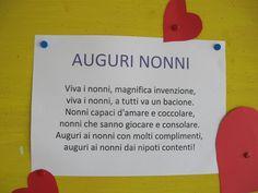 Poesia per la festa dei nonni Grandma And Grandpa, Mom And Dad, Baby Park, Art For Kids, Activities, Education, School, Crafts, Italian Fashion