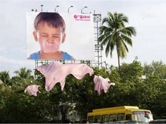 Check these most creative chewing gum advertising campaigns from all over the world :) [ link ] This particular billboard depicts the . Creative Advertising, Guerrilla Advertising, Out Of Home Advertising, Advertising Campaign, Marketing And Advertising, Marketing Ideas, Viral Marketing, Retro Advertising, Marketing Communications