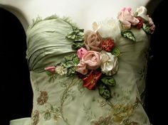 artwork: Green narrow gown (detail), Michelle Berkowitz, Green Scalamandre silk with gold embroidered floral net overlay. Hand-crafted French ribbon flowers, brass and glass beaded leaves. Green silk bustle accented with more flowers. Belle Epoque, Mode Rose, Vintage Outfits, Vintage Fashion, Shabby Chic, Lesage, Passementerie, Ribbon Art, Vestidos Vintage