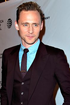 Tom Hiddleston attends High-Rise Premiere - 2016 Tribeca Film Festival at SVA Theatre on April 20, 2016 in New York City. Full size image: http://www.tomhiddleston.us/gallery/albums/2016/events/200416tribecahrredcarpet/196.jpg Source: Tom Hiddleston Fans http://www.tomhiddleston.us/gallery/displayimage.php?album=lastup&cat=2&pid=32856#top_display_media