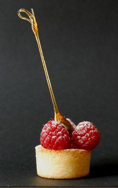 Tartelettes « friandes » P. Conticini  - un grand nom de la patisserie française.