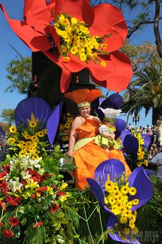 Madeira Flower Festival by Hugo Reis, via Behance  #Portugal #PortugalFlowerPower
