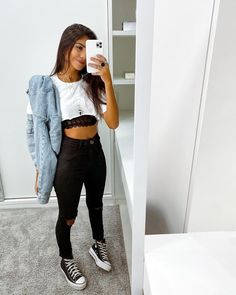 Bad Girl Outfits, Skater Girl Outfits, Outfits For Teens, Outfits For Winter, Cute Casual Outfits, Retro Outfits, Cute Party Outfits, Fashionable Outfits, Look Fashion