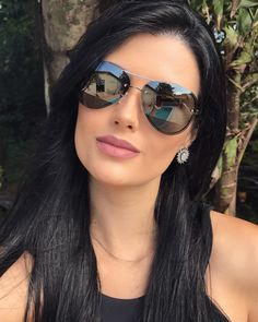 Cool Sunglasses, Mirrored Sunglasses, Sunglasses Women, Sunnies, Fashion Eye Glasses, Womens Glasses, Tips Belleza, Girl Face, Eyewear