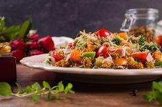PREZENT OD WNUCZKA - Just a SALAD - Przepisy na Sałatki Salad, Salads, Lettuce
