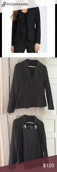 Women's 2 piece Theory suit, size 6 The ultimate in classic & chic! Just dry-cleaned, this suit from Theory is 100% cotton, flat-front pants, 2 button jacket. Jacket style is called Nichelle and pants style is Max C. Smoke free home & same day shipping. Perfect for work, weddings or any event that needs a little style! (1st pic is stock photo to show the cut of the jacket) Theory Jackets & Coats