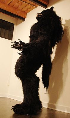 DIY Realistic werewolf full suit - courtesy of missmonster on instructables.com