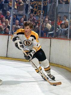 Bobby Orr - Hockey Player - back when I was a Bruins fan Hockey Shot, Hockey Goalie, Hockey Games, X Games, Montreal Canadiens, Taekwondo, Motogp, Ufc, Snowboard