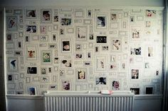 Wall With Fake Frames And Real Photos-How To Decorate Your Wall With Picture Frames Framed Wallpaper, Photo Wallpaper, Brown Wallpaper, Wallpaper Awesome, Wallpaper Ideas, Diy Wall, Wall Decor, Wall Art, Wall Collage