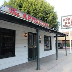 The Apple Pan - Exterior - Los Angeles, CA, United States