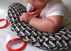 Another cute tummy time pillow with contrasting pattern