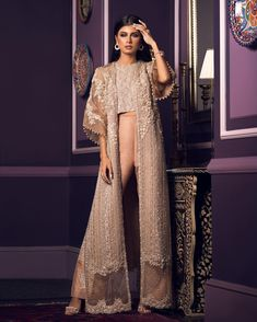 Image may contain: 1 person, standing Cl Fashion, Look Fashion, Indian Fashion, Fashion Dresses, Pakistani Wedding Outfits, Pakistani Dresses, Indian Dresses, Pakistani Engagement Dresses, Pakistani Party Wear
