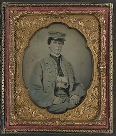 Unidentified Sailor In Confederate Midshipman Uniform February 1861 the Confederate Navy had thirty ships, only fourteen of which were seaworthy, while the Union Navy had ninety vessels; the C. S....