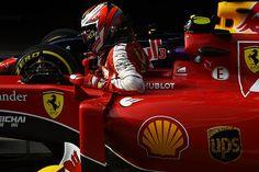 フェラーリ躍進の鍵を握るライコネン F1 Drivers, Race Cars, Honda, Monster Trucks, Darth Vader, Racing, F1 Season, Vehicles, Drag Race Cars