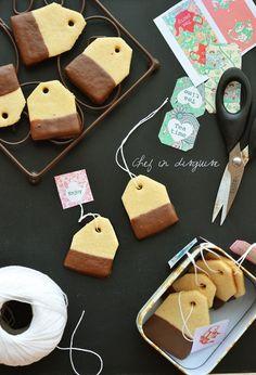 Teebeutel Cookies Koch in der Verkleidung