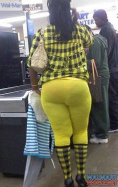 Here is the reason some people hate shopping at Wal-Mart, let's take a look at some of the weird and most ridiculous people of Walmart. - Page 26 of 45 Walmart Funny, Only At Walmart, People Of Walmart, Walmart Pictures, Funny Pictures, Funny Pics, Funny Stuff, Hilarious, Jokes