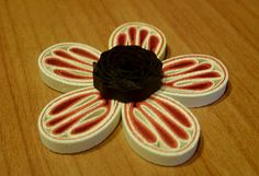 Quilling Me Softly: Noodle petal flower - Tutorial :)