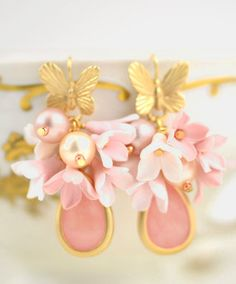 Matte Gold plated earrings Butterfly & Blossoming