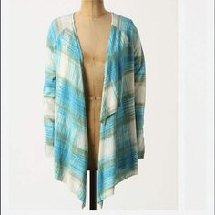 """⬇️PRICE DROP‼️Sparrow Sweater Medium Used only a couple of times. Excellent condition. Medium size. No flaws noted DETAILS Sparrow's plaid sweater questions convention with its crossover back and flowing open front.   Open front  Cotton, rayon  Hand wash  26""""L Anthropologie Sweaters"""