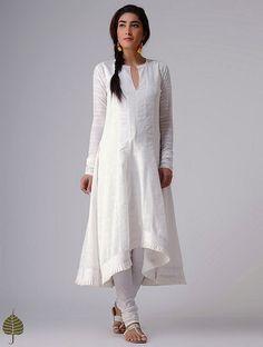 White Murshidabad Handloom Cotton Kurta by Jaypore Churidar Designs, Kurti Neck Designs, Kurta Designs Women, Kurti Designs Party Wear, Blouse Designs, Pakistani Dresses, Indian Dresses, Indian Outfits, White Salwar Suit
