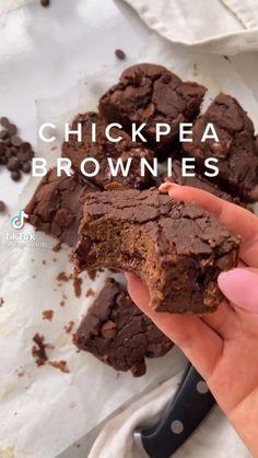 Healthy Sweet Snacks, Healthy Cake, Easy Snacks, Healthy Desserts, Delicious Desserts, Healthy Food, Yummy Food, Vegan Baking Recipes, Sweets Recipes