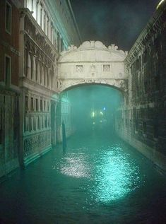 Local legend says that lovers will be granted eternal love and bliss if they kiss on a gondola at sunset under the Bridge of Sighs as the bells of St Mark's Campanile toll.. #ILoveVeniceItaly