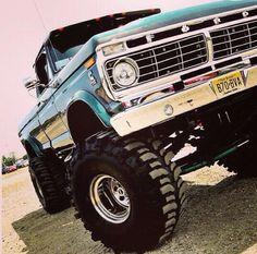 71' Ford F250 Highboy - #ZeckFord www.ZeckFord.com #JaceWednesday
