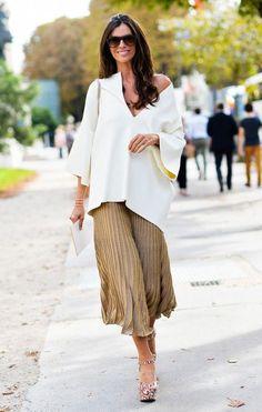 oversize tee + pleated midi skirt