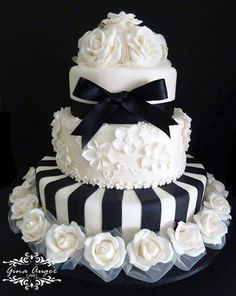 Cake 31 Cool cakes , Black and white, ribbon and roses