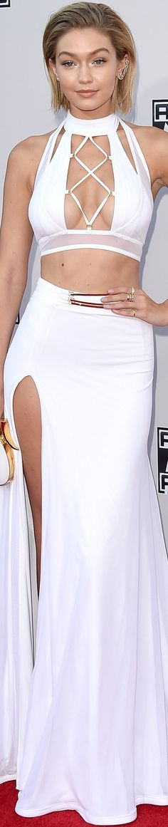 ON THE RED CARPET via LOLO repined by BellaDonna Gigi Hadid 2015 American Music Awards