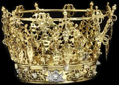 In Scandinavia, bridal crowns are the most spectacular part of the wedding jewellery. Their design is based on medieval royal originals, and they are made of heavy silver, often gilded. The renaissance decoration is typical of 18th & 19th century crowns with motifs of angel heads with wings, leaf pendants etc.