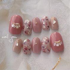 dryflower♡shell♡ ✴︎ ✴︎ ネイルチップのオーダーはDM・クリーマ・ミンネから承ります🌱 ✴︎ ✴︎ #nails#naildesign#photography#プリジェル… Natural Nail Designs, Red Nail Designs, Pretty Nail Designs, Cute Toe Nails, Cute Nail Art, Plaid Nails, Swag Nails, Japan Nail Art, Korean Nail Art