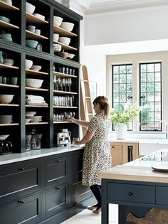 Home Interior Salas .Home Interior Salas Kitchen Pantry, New Kitchen, Kitchen Dining, Kitchen Decor, Kitchen Shelves, Kitchen Utensils, Country Kitchen, Kitchen Ideas, Küchen Design