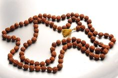 Yoga Meditation Gift, http://www.amazon.com/lm/R19PPRE18EHTI1/ref=cm_sw_r_pi_lm_gEg3pb163GK9P