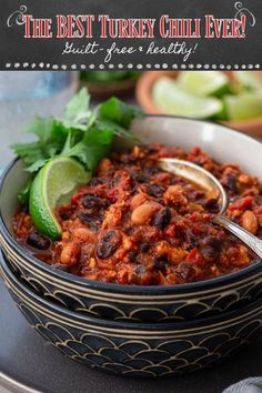 The Best Turkey Chili Ever! This is seriously the best turkey chili recipe you will ever make! Hearty but lean, a bowl of this healthy chili recipe will warm you up without piling on the calories. Make a big batch and freeze some so you can have chili whenever you need a soul-soothing meal! This easy chili recipe is perfect for the whole family! Perfect for losing weight in the new year. | www.oliviascuisine.com | #chili #turkeychili #pantrystaples #familydinner #healthy