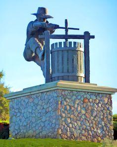 The Grapecrusher, Napa Valley, California