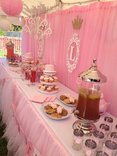 1st birthday party decorations princess twincess birthday theme - Hadley and London's treat table