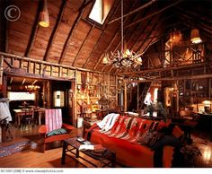 Adirondack-love everything but the chandelier. Lodge Look, Lodge Style, Rustic Western Decor, Vintage Cabin, Cabins And Cottages, Le Far West, Cozy Cabin, Cabins In The Woods, Maine House