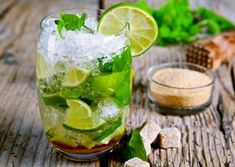 Fourth of July Cocktail: Mojito with Extra Lime Recipe. Enjoy this delicious splash of mint and extra lime to kick up your summer entertaining! Summer Cocktails, Cocktail Drinks, Cocktail Recipes, Cold Drinks, Fruity Cocktails, Easy Cocktails, Mixed Drinks Alcohol, Alcohol Drink Recipes, Liquor Drinks
