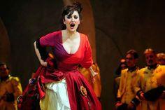 Maria José Montiel performs Carmen at Teatro de la Zarzuela (Madrid) Mezzo Soprano, Saree, Madrid, Stage Management, Staging, Greek Tragedy, Greek Chorus, Theater, Maria Jose