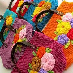 By @raissa_ang #crochet #crochetbag #yarnaddict #crochetaddict #yarn #crochetpattern #knitting # #grannysquare #handcraft #handmade #ganchillo #häkeln #virka #uncinetto # #instacrochet #örgü #crafter #crocheting #craftastherapy #örgümüseviyorum #crochetblanket #crocheted #ilovecrochet #crochetersofinstagram #knit # #crocheteveryday #crochetlover #crochetlove #sevgiyleörüyoruz #knitwear #crocheted
