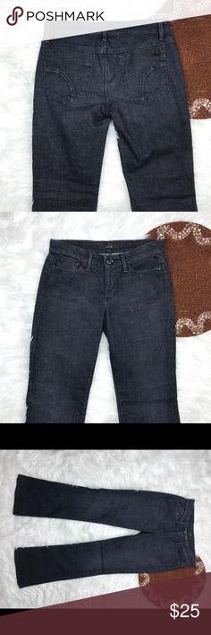 "Joes Jeans Size 26 Dark ⭐️ 30"" Inseam Beautiful jeans . Dark wash . Size 26 30"" Inseam Joe's Jeans Jeans Straight Leg"