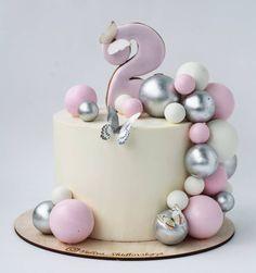 Нет описания фото. Baby First Birthday Cake, First Birthday Cakes, Cake Lettering, Luxury Cake, Beautiful Birthday Cakes, Girl Cakes, Pretty Cakes, Cake Art, Cake Cookies