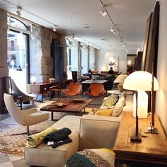 BATAVIA abre las puertas de su nueva tienda en el centro de Madrid! Os esperamos! batavia.es #batavia #diseño #decoración #madrid #nuevatienda #malasaña #tiendamadrid #tiendadediseño #mobiliario #mueblesdediseño #muebledanes #mobiliariovintage #interiorismo #interiordesign #tiendaderegalos