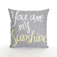 Tu sei il mio cuscino sole di spedizione di KatieScarlettCo, $26.50