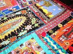 Kitschy Mexican Saints Quilt - QUILTING