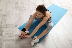 So what are these 10 yoga poses that increase metabolism and helps to lose weight. Well In today's hectic world many people don't have time to do sports.