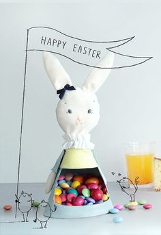 Easy-To-Sew DIY Easter Bunny Candy Holder | Kidsomania